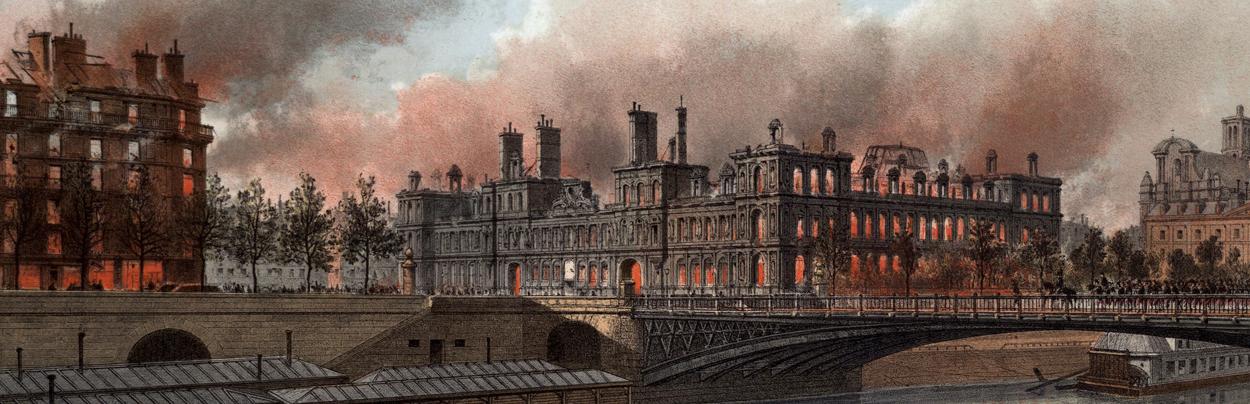 Incendie de l'Hôtel de Ville lors de la Commune de Paris qui détruisit les archives et la bibliothèque